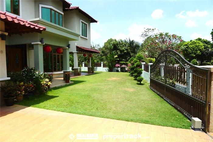 Bukit rimau bungalow house for sale 2016 in kota kemuning for Bungalow home for sale